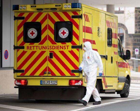 Κοροναϊός – Γερμανία : Στα 45 τα θύματα, στα 432 τα επιβεβαιωμένα νέα κρούσματα εντός των τελευταίων 24 ωρών
