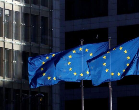 Κοροναϊός : Θα καταφέρει άραγε τη χαριστική βολή στην ΕΕ;