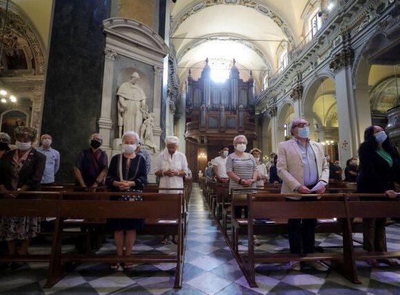Κοροναϊός: Περισσότερα από 150 κρούσματα στη Γερμανία συνδέονται με εκκλησίες