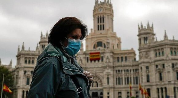 Με 143 νεκρούς η Ισπανία κατέγραψε τον χαμηλότερο αριθμό θανάτων από τα μέσα Μαρτίου