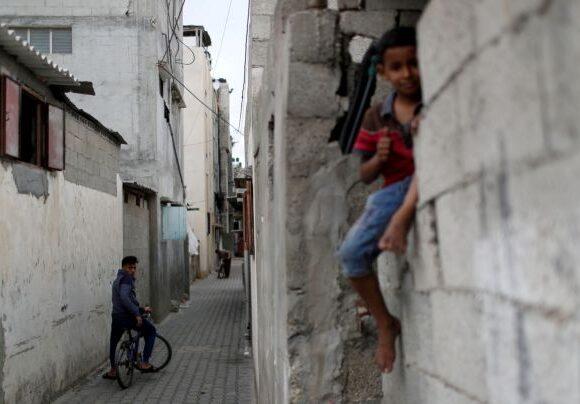Να δοθεί τέλος στην πολιορκία της Γάζας ζητούν 250 καλλιτέχνες από όλο τον κόσμο