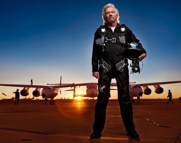 Ο Μπράνσον χρειάζεται «ζεστό χρήμα» – Πουλάει Virgin Galactic