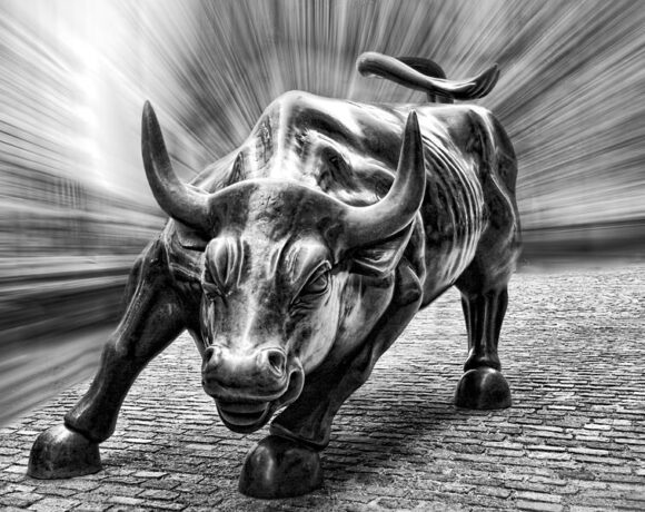 Ράλι στην Wall Street – Σε υψηλό 10 εβδομάδων ο Dow Jones