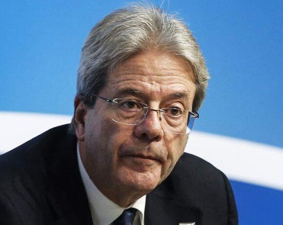 Τζεντιλόνι: «Ηχηρό όχι» στην αυστηρή λιτότητα για την αντιμώπιση της κρίσης