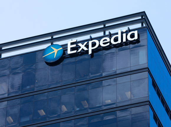 H Expedia προσφέρει 275 εκατ