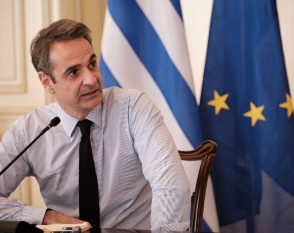PM Mitsotakis Gives Best-case Scenario for 2020 Greek Tourism