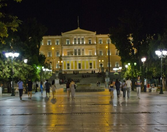 Reviving Tourism, Exports Tops Greece's Economic Recovery Plan