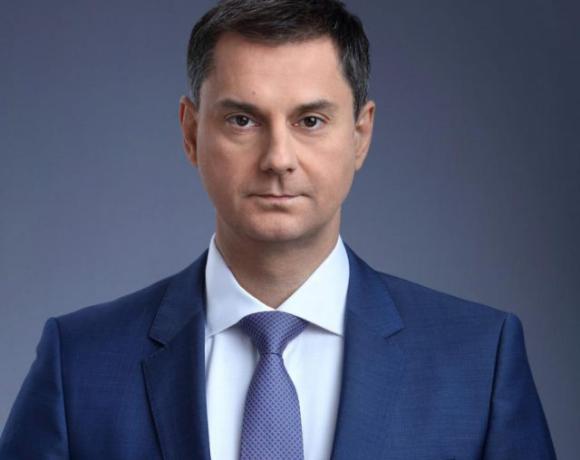 To σχέδιο στήριξης και επανεκκίνησης του ελληνικού Τουρισμού, παρουσίασε στη Βουλή ο υπουργός Τουρισμού Χάρης Θεοχάρης