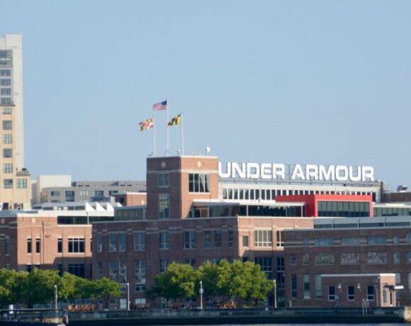 Under Armour: Περικοπές και καθυστέρηση πληρωμών αθλητών
