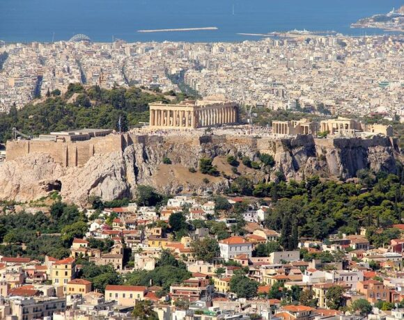 WTTC Sees Greece as One of the First Countries Welcoming Back Tourists After Covid-19