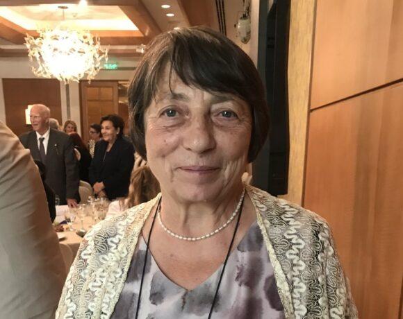 Έλενα Λαζάρ: Η μεταφράστρια που έμαθε στους Ρουμάνους τον Καρυωτάκη