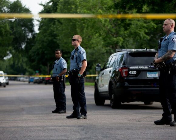 Ένας νεκρός, 11 τραυματίες σε επεισόδιο με πυροβολισμούς στην Μινεάπολη