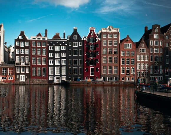 «Ανοίγει» και η Ολλανδία τα εξερχόμενα ταξίδια, στις περισσότερες ευρωπαϊκές χώρες, από τις 15 Ιουνίου|Σύγχυση για Ελλάδα