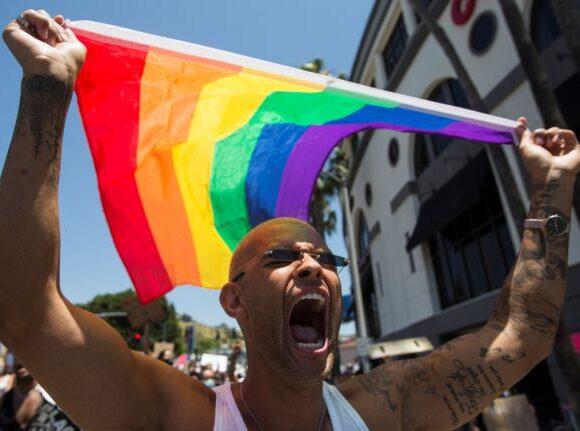 Απόφαση σταθμός στις ΗΠΑ: Το Ανώτατο Δικαστήριο έκρινε παράνομη την απόλυση εργαζόμενου λόγω ομοφυλοφιλίας