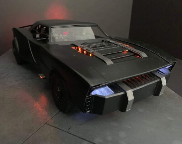 Αυτό είναι το νέο Batmobile που θα δούμε στο νέο Batman τον Οκτώβριο