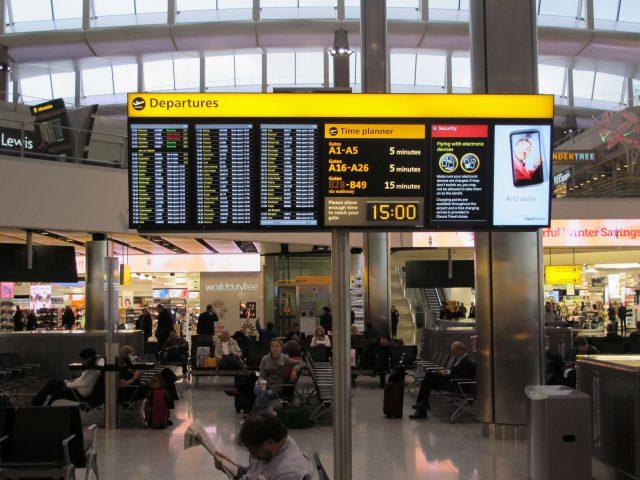 Βρετανία: «Αεροδιάδρομοι» σε χώρες, όπως η Ελλάδα