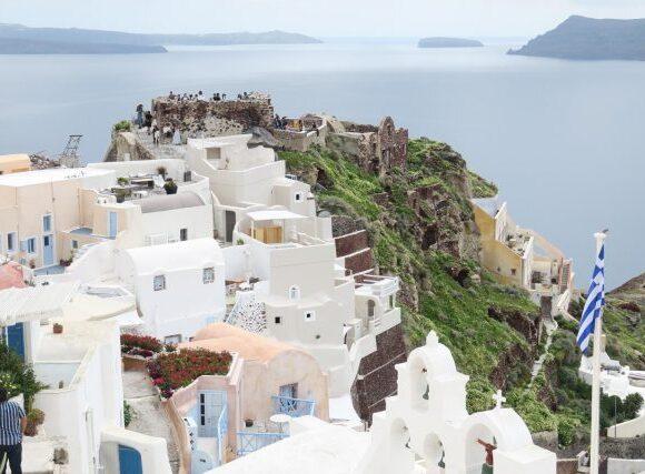 Βρετανία: Αύξηση των αναζητήσεων για καλοκαιρινές διακοπές | Στις 3 κορυφαίες χώρες η Ελλάδα