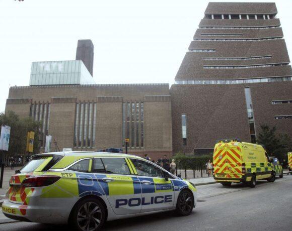Βρετανία: Ισόβια για τον 18χρονο που έσπρωξε από τον 10ο όροφο του Tate Modern ένα 6χρονο αγόρι