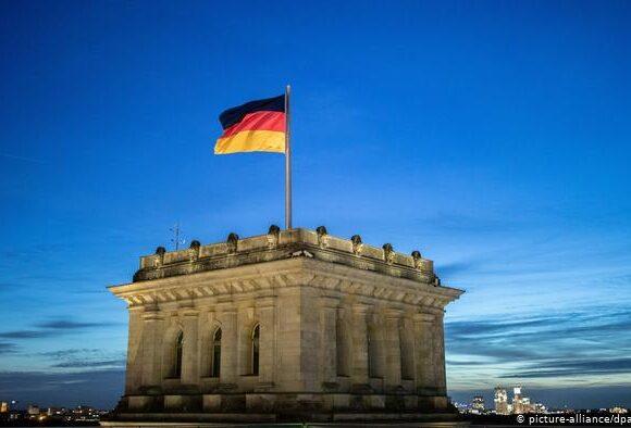 Γερμανία – Κορωνοϊός: Εκτινάχθηκε στο 2,8 ο δείκτης μεταδοτικότητας «R»