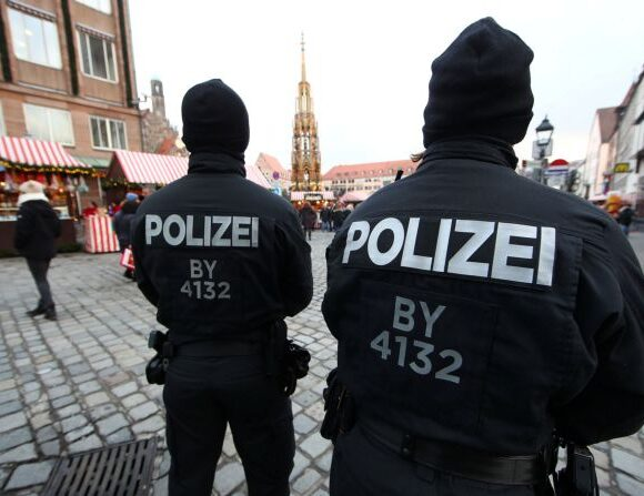 Γερμανία : Συνελήφθησαν 11 ύποπτοι για σεξουαλική κακοποίηση παιδιών