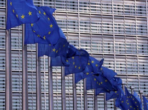 Επιχείρηση «Irini»: Πιθανή η συνεργασία ΕΕ – ΝΑΤΟ, αναφέρει η Κομισιόν