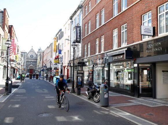 Κοροναϊός – Ιρλανδία : Οι αρχές επιταχύνουν τη χαλάρωση των μέτρων