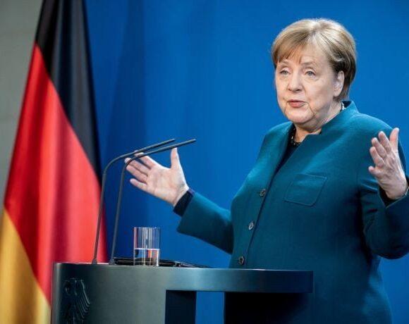 Μέρκελ: Να συμφωνήσουμε πριν από τις καλοκαιρινές διακοπές για το Ταμείο Ανάκαμψης