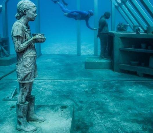 Μουσείο Υποβρύχιας Τέχνης στον κοραλλιογενή ύφαλο Great Barrier Reef της Αυστραλίας