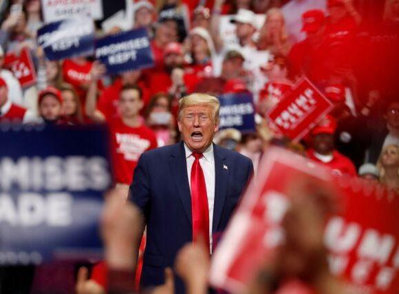 Ο Τραμπ ξεκινά τις προεκλογικές συγκεντρώσεις κόντρα στον «νυσταγμένο Τζο»