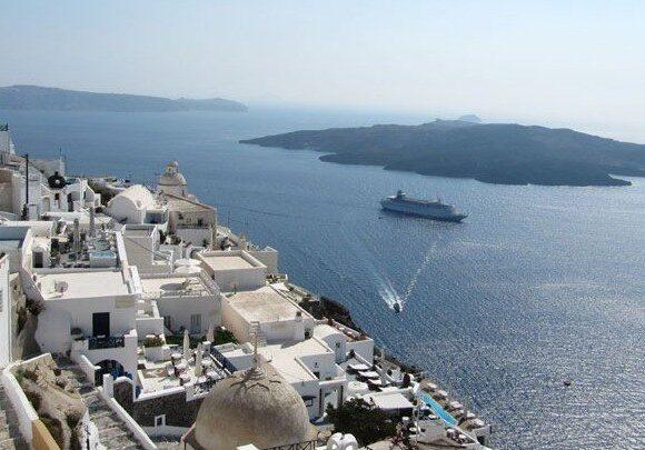 Σαντορίνη: Μέσα στο 2020 ολοκληρώνονται τα έργα στο λιμάνι του Αθηνιού