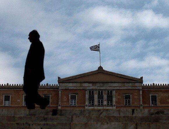 Το φάντασμα της ύφεσης επέστρεψε – Μείωση 0,9% του ΑΕΠ το α' τρίμηνο