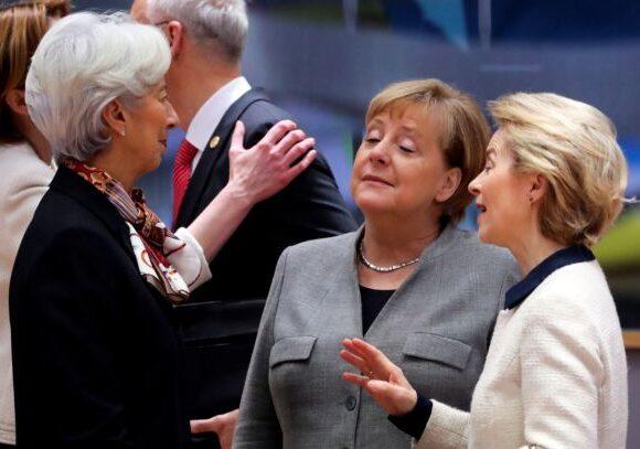 Τρεις «θηλυκοί κομάντος» σώζουν το μέλλον της Ευρώπης