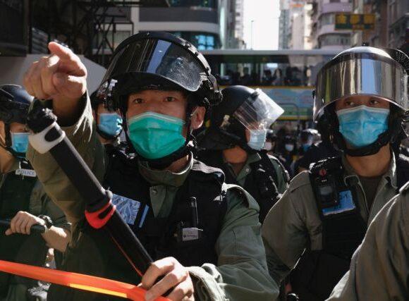 Χονγκ Κονγκ: Συλλήψεις 53 διαδηλωτών κατά τη διάρκεια ειρηνικής διαμαρτυρίας