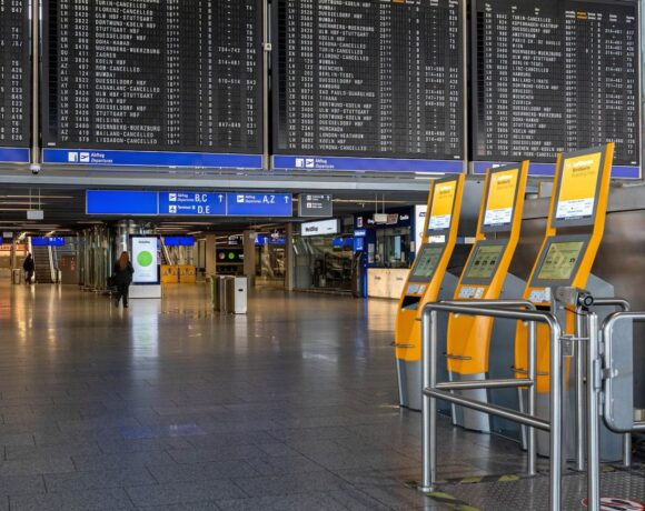Commission: Partial and Gradual Lifting of EU Travel Restrictions from July 1