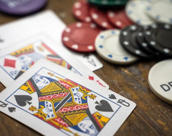Greece Reopens Casinos, Allows Organization of Conferences