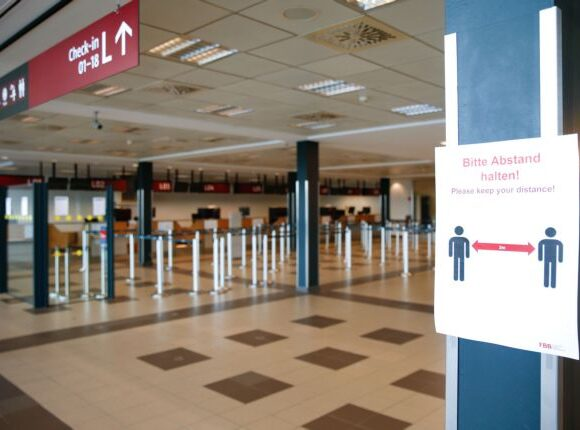 Handelsblatt : Πολιτικά κίνητρα πίσω από την γερμανική ταξιδιωτική απαγόρευση για την Τουρκία