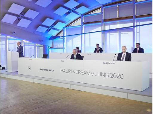 Lufthansa: Με 98% υπερψηφίστηκε το κρατικό πακέτο στήριξης