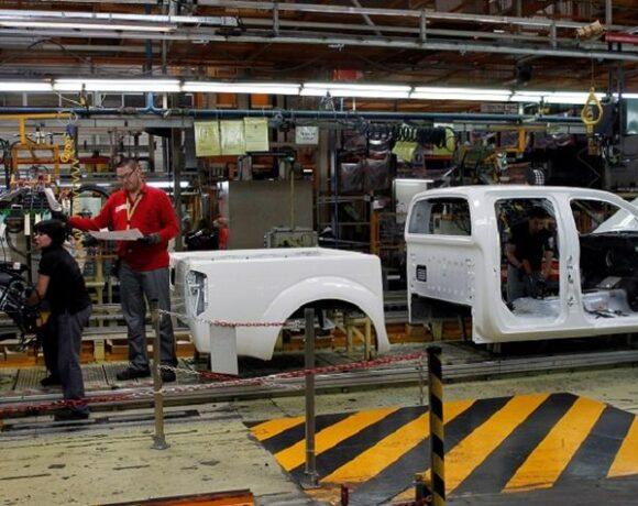 Nissan: Υψηλό το κόστος από το κλείσιμο των εργοστασίων στη Βαρκελώνη