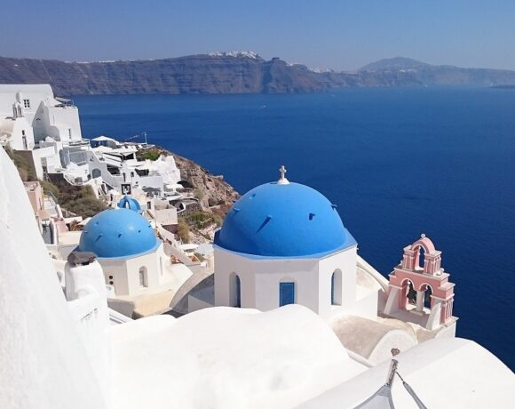 Santorini to Set Up First DMO in Greece