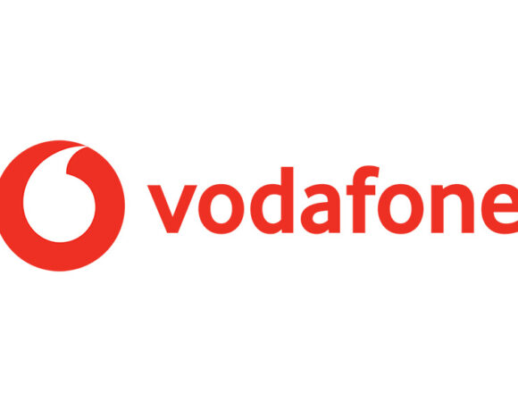 Vodafone: 10GB για 4 ημέρες με 0,90 ευρώ για το τριήμερο του Αγίου Πνεύματος