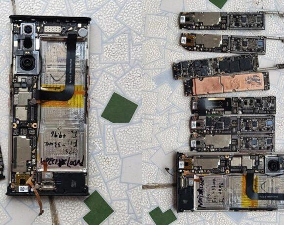 Xiaomi Mi MIX Alpha: Teardown αποκαλύπτει το εσωτερικό του
