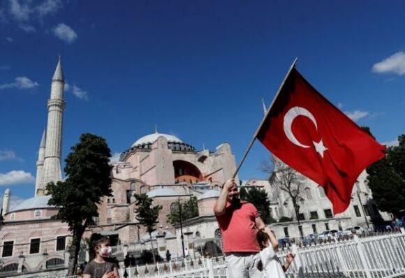 Αγία Σοφία : Ο Μπάιντεν καλεί τον Ερντογάν να αναιρέσει την απόφαση του