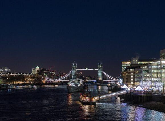 Βρετανία: Έτσι υποδέχεται ο ταξιδιωτικός κλάδος το άνοιγμα των συνόρων
