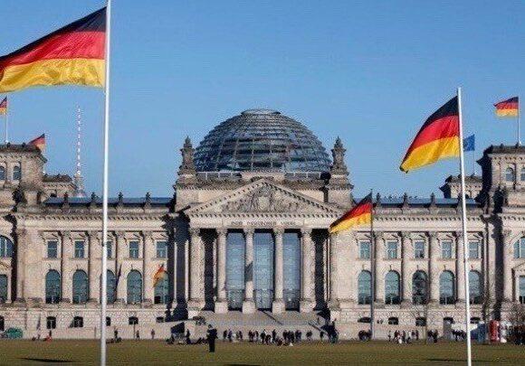 Γερμανία: Λίστα με 130 χώρες- «περιοχές κινδύνου» κατήρτισε το Βερολίνο