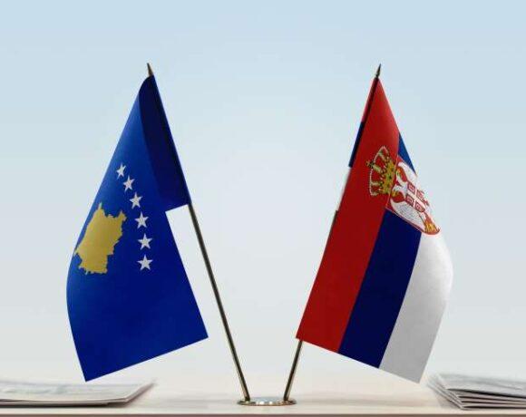 ΕΕ : Επέστρεψαν στο τραπέζι του διαλόγου Σερβία και Κόσοβο