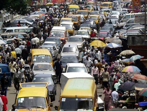 Ευρωπαϊκές πετρελαϊκές εταιρείες καταστρέφουν την ατμόσφαιρα της Νιγηρίας