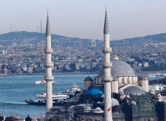 Η Τουρκία εκφράζει «απογοήτευση» στην ΕΕ για την απαγόρευση ταξιδιών