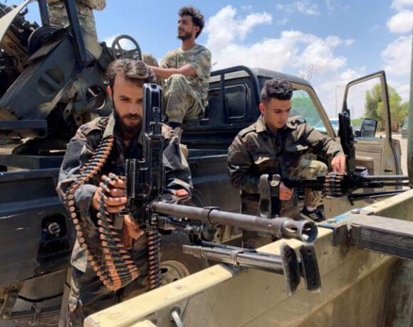 Οι ΗΠΑ κατηγορούν τη Ρωσία ότι στέλνει στρατιωτικό εξοπλισμό στη Λιβύη