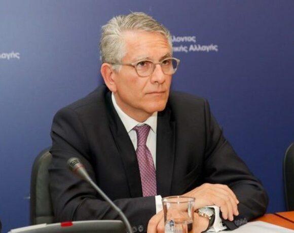 Παραιτήθηκε o Γεράσιμος Θωμάς – Αναλαμβάνει θέση στην Κομισιόν