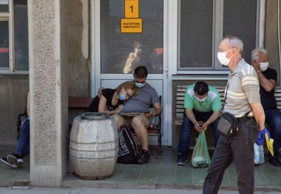 Συναγερμός ΠΟΥ: Η πανδημία του κοροναϊού επιταχύνεται – Διασπορά και μέσω αέρα